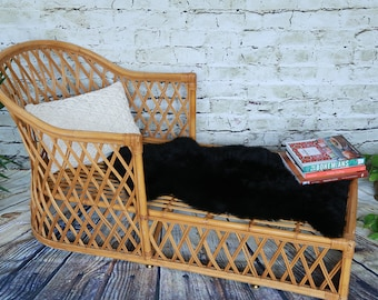 Vintage Rattan Lounge Chair/ Accent chair/ Bamboo chair/ LOCAL P/U Chicago, Il area or Your Shipper!!!