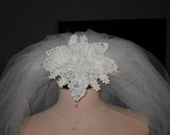 Vintage 1960's Ivory Lace Headpiece & Bridal Wedding Veil
