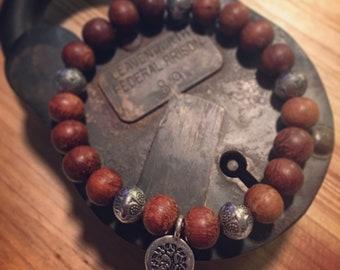 Men's 7mm wooden bead bracelet
