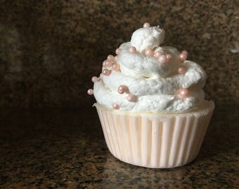 Cupcake bath bombs with soap frosting!