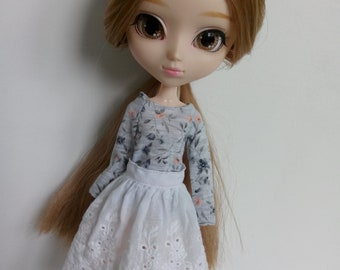 White lace skirt for pullip blythe azone momoko obitsu and similar dolls