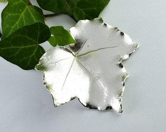 real silver ivy leaf pendant, ivy leaf, ivy leaf pendant, leaf pendant, real leaf pendant, real ivy leaf, silver leaf pendant, leaf silver