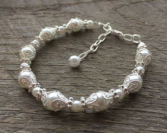 Art Deco Pearl Bracelet, Filigree Bracelet, Art Deco Jewelry, Elegant Wedding Bracelet on Silver or Gold Chain