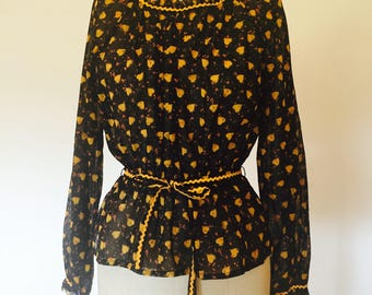 Vintage 70s Peasant Blouse with Heart Print
