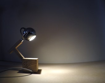 Cyclop table lamp
