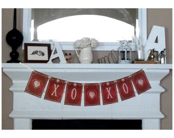 XOXO Valentines Day Banner, Valentines Decorations, Valentine Day Decor, Red White banner, Love Banner, XOXO bunting, Valentines Garland