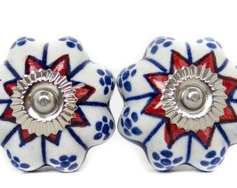 Cabinet Drawer Pull Knobs // Set of 4