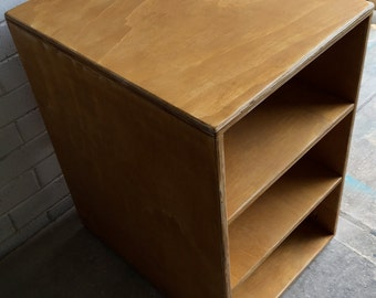 Plywood shelving cabinet