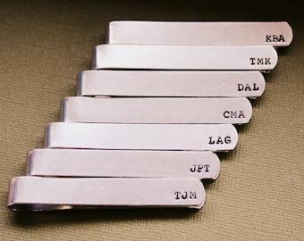 Personalisierte Krawattenklammer - benutzerdefinierte Trauzeugen - handgestempelt Traverse - Vater der Braut und Bräutigam - Papa oder Opa - Hochzeitsgeschenk