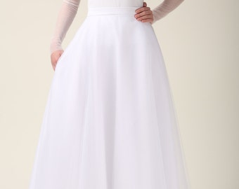 Maxi tulle skirt with pockets, tulle skirt, white skirt, white maxi skirt, wedding skirt, prom skirt, elegant, party dress