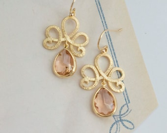 Spring Peach Modern Swirly Victorian Inspired Earrings with Peach Champagne Glass Tear Drops Earrings. Bridal Wedding Bridesmaid Jewelry
