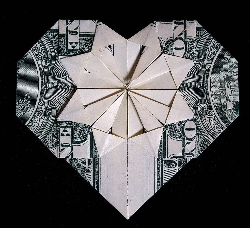 Origami heart valentines day gift money origami made out zoom jeuxipadfo Images