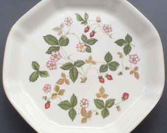 Wedgwood Wild Strawberry Octagonal Serving Dish
