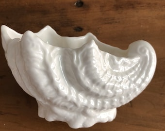 Vintage Coalport Countryware Shell Sweet Dish Small White Planter Bone China