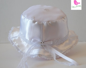 White satin hat and embroidered tulle