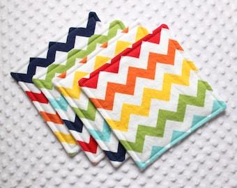 Set of 4 washcloths // Gender Neutral Washcloths // Rainbow Chevron Washcloths // Rainbow Chevron // Baby Boy // Baby Girl // New Baby