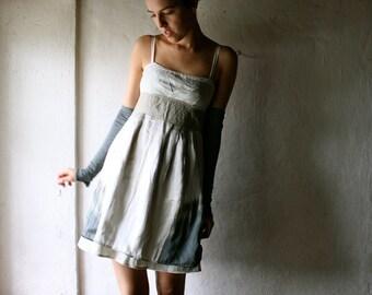 Formal dress in ecru silk and linen