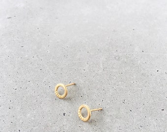Aura Circle Studs / 14k gold vermeil or sterling silver / small post earrings