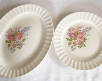 Knowles Spring Bouquet Plates - Set of 2