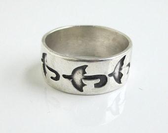 Sterling Silver Band Ring w/ Umbrella Design - Vintage, Size 9