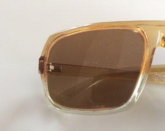 Vintage 70s FOSTER GRANT Sunglasses