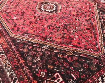 "7'6""x10' Vintage Persian Shiraz Rug"