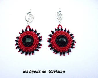 Red and black embroidered earrings, crystal