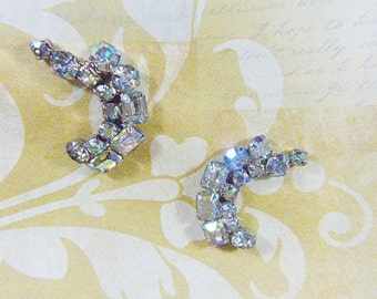 Vintage Aurora Borealis and Rhinestone Clip Earrings - V-EAR-638 - Bridal Jewelry - Rhinestone Earrings - Aurora Borealis Earrings