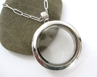 Small Glass Memory Locket, for keepsakes, photos, charms, love notes - 18 inch sterling chain