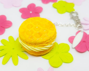 Keychain or bag nest d bee/honey/polymer macaroon charm