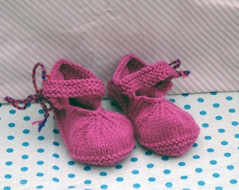 Hand knitted baby bootees