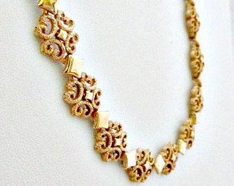 Avon 1971 Precious Pretenders in Original Box - Vintage Avon Jewelry - Wedding Bride Jewelry