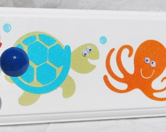 Towel Rack . Target Circo Fish . OCEAN Fish WHALE Seahorse OCTOPUS Sea Turtle Shark