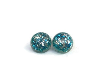 Blue and Silver lucite confetti earrings, vintage resin, resin cabochon, 1940s, 1950s, nickel free post earrings