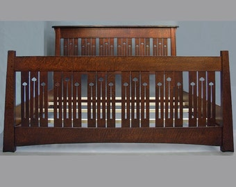 ARTS and CRAFTS King Bed, Mackintosh Style