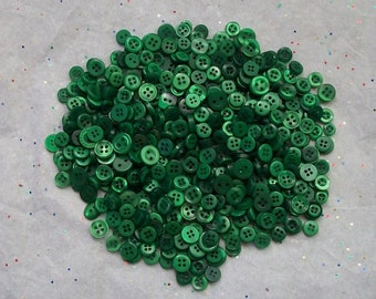 300  SMALL Green Button Mix, Kelly Green -  Grab Bag - Crafting -  Jewelry -  Collect (b1352-C)