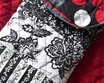 Black & White Quilted E-Reader Sleeve, Quilted Sleeve, Nook Sleeve, Kindle Sleeve, Quilted Case