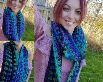 FREE SHIPPING - Crochet Chunky Infinity Scarf - Crochet Wrap - Crochet Circle Scarf - Crochet Cowl -Neck Warmer