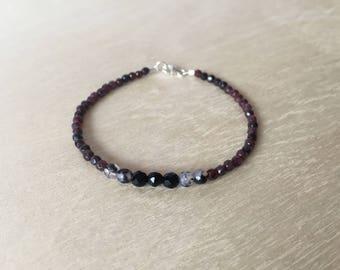 Garnet / Black Onyx Delicate Bracelet