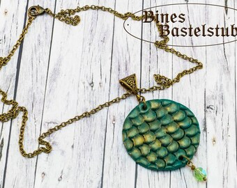 Necklace green Dragons Scale with Bead - bronze colored Necklace - Beads - Dragons - Elemental Dragons - Elements - Scale - Dragon Scale