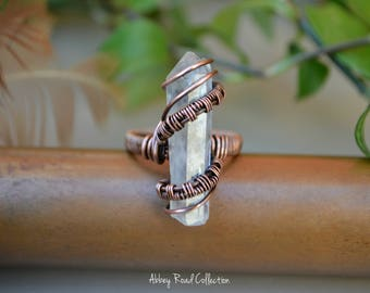 Quartz Point Wire Wrapped Ring. Gypsy Crystal Ring. Copper Wire Gemstone Ring. Boho Nature Jewelry. Natural Crystal Ring. Crystal Point Ring