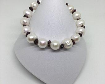 Pearl and Garnet Bracelet, Pearl Bracelet, Garnet Bracelet, Birthstone Bracelet, January Birthstone, Silver Bracelet, 925 Sterling Silver