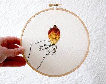 Embroidery Hoop Art || Autumn Leaf