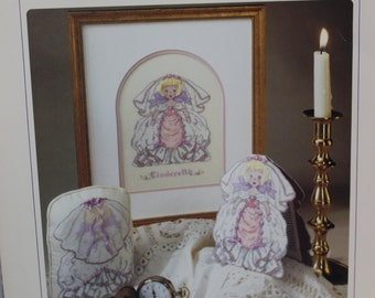 KD Artistry-Cinderella Fairy Tale Collection Cross Stitch Leaflet