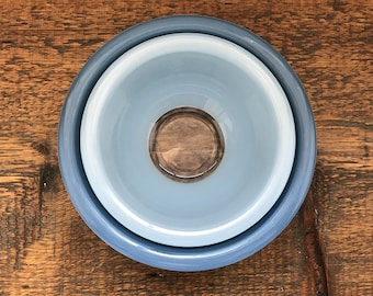 Vintage Pyrex Set of 2 Blue Clear Bottom Bowls 322 and 323