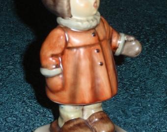 Winter Song Goebel Hummel Figurine #476 TMK6 1990 West Germany Cute Collectible Christmas Gift!