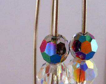 Boucles d'oreilles. Swarovski Cristal AB.  Boucles d'oreilles tendances modernes.  Boucles d'oreilles légères d'argent sterling.
