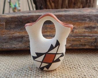 Acoma Pueblo Wedding Vase  ~  Hand Painted Acoma Pueblo New Mexico Wedding Vase  ~  Jo Acoma NM Wedding Vase  ~  Signed Acoma Wedding Vase