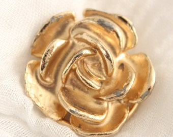 Vintage Gold Rose Flower Scarf Or Sweater Clip . Unsigned