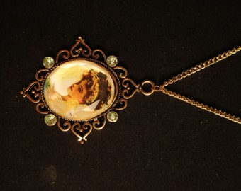 Victorian Lady Necklace